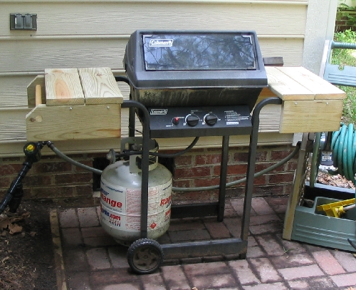 The gas grill after being refurbished. Looks happy and new.